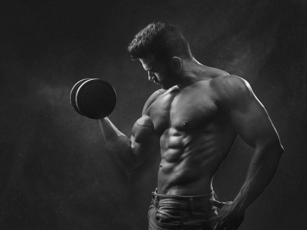 tréning bicepsov - akyprotein.sk 2