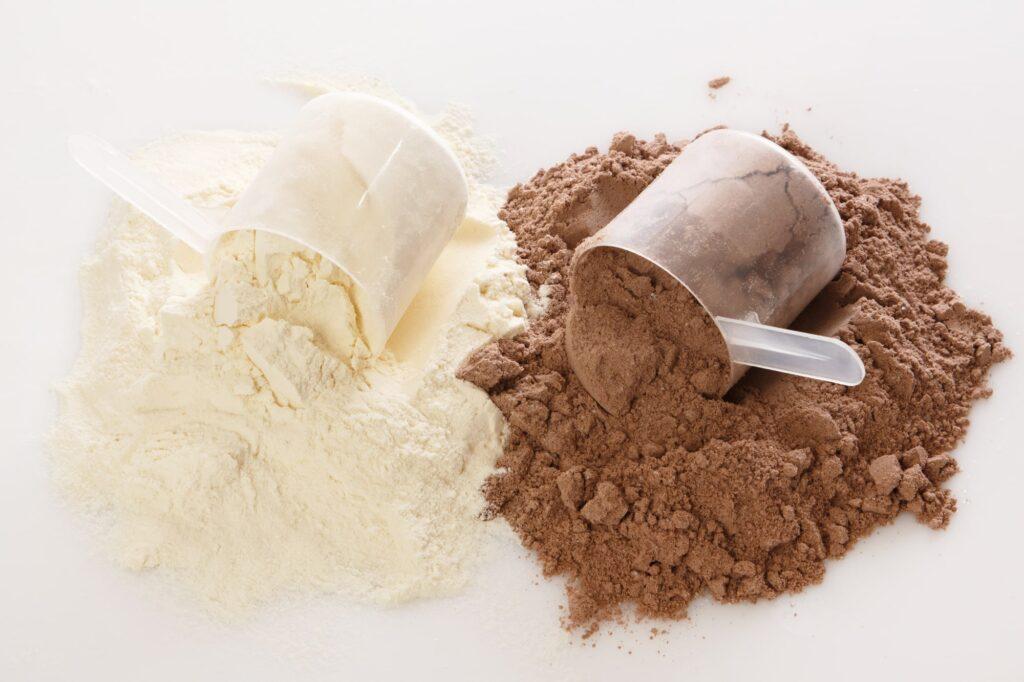 Kazeínový vs srvátkový proteín